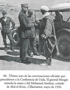وزير الخارجية محمد أزرقان مع الجنرال الفرنسي موغان  في وجدة