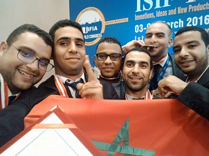 مخترعون مغاربة يفوزون باختراع يشوش على الرادارات و قمر اصطناعي ذكي و يحصدون جميع الجوائز  FB_IMG_1457261340663-1-696x522