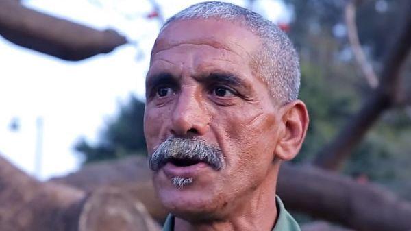 """الحكم على """"علال القادوس"""" بالسجن سنتين نافذتين بتهمة """"إهانة المؤسسة الملكية"""""""